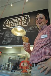 Clumpies Manager Doug Chapin