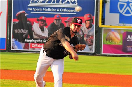 Omar Bencomo had a quality start Monday, collecting his third win of the year.