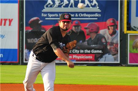 Veteran Omar Bencomo (6-4) had a no-hitter going until the fifth inning Thursday.